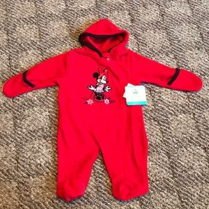 NWT Disney Minnie Mouse outfit with hood